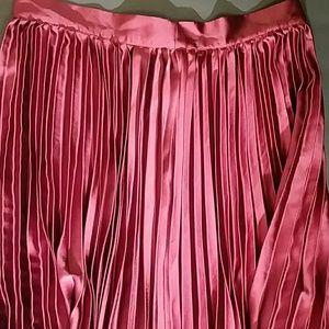 Burgundy Satin Polyester Pleated Maxi Skirt. M